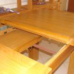 Mese extensibile din lemn masiv
