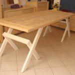 Mese moderne din lemn masiv