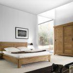 Alege pentru dormitorul tau mobilier din lemn masiv de stejar
