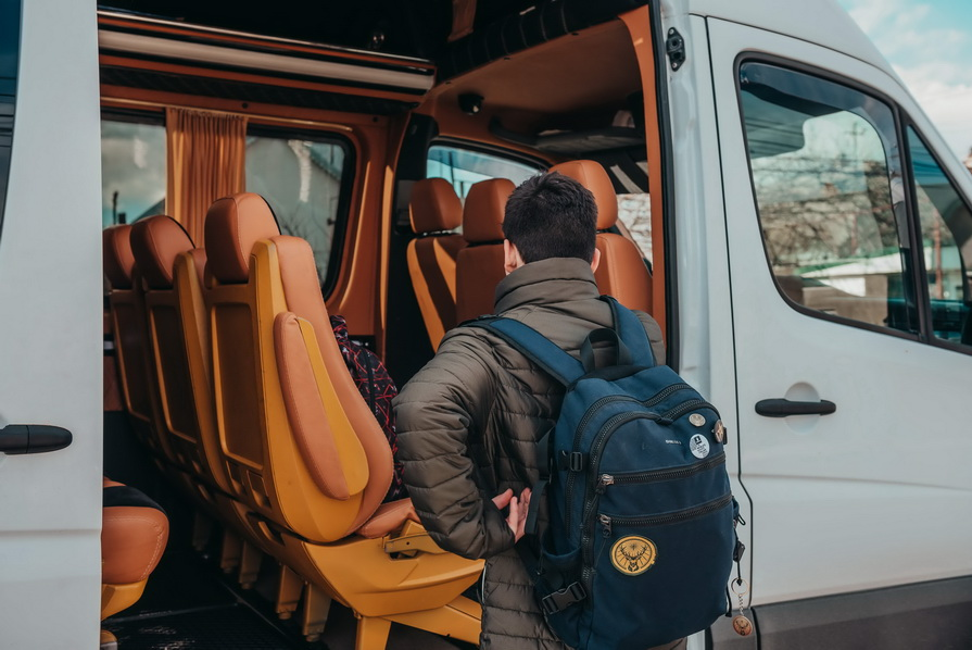 transport persoane Anglia Scotia Belgia Olanda Germania